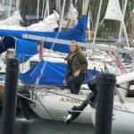 Clare i sin sejlbåd